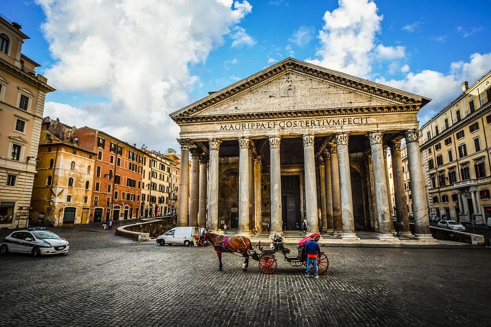 Commercio abusivo a Roma