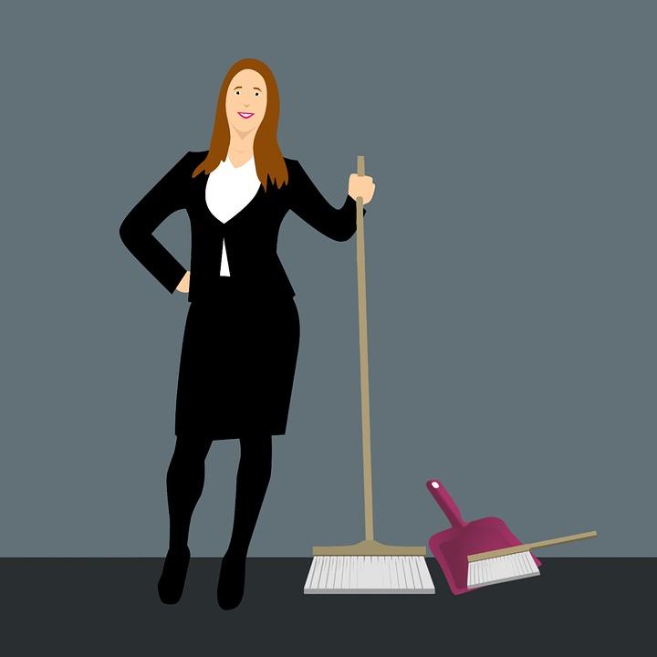 Darsi il cambio nelle pulizie: lavori domestici come lavoro di squadra