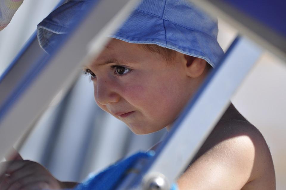 Salute bimbi: con genitori depressi i bimbi finiranno più spesso dal medico