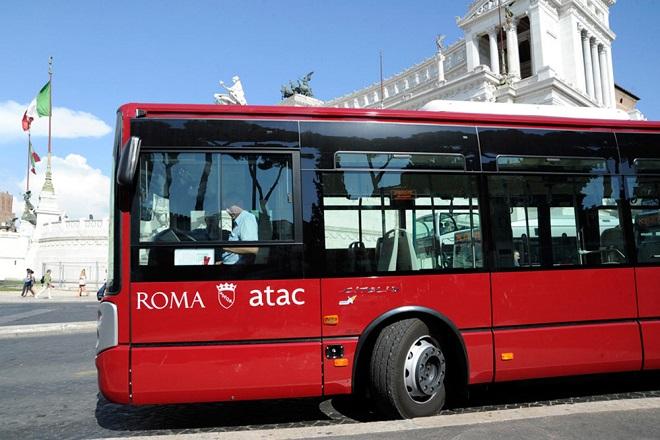 Mezzi pubblici a Roma: ordinati altri 97 autobus