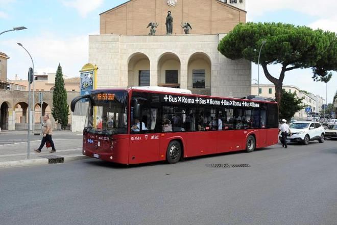 Autobus Roma: nuove linee in servizio a Corcolle