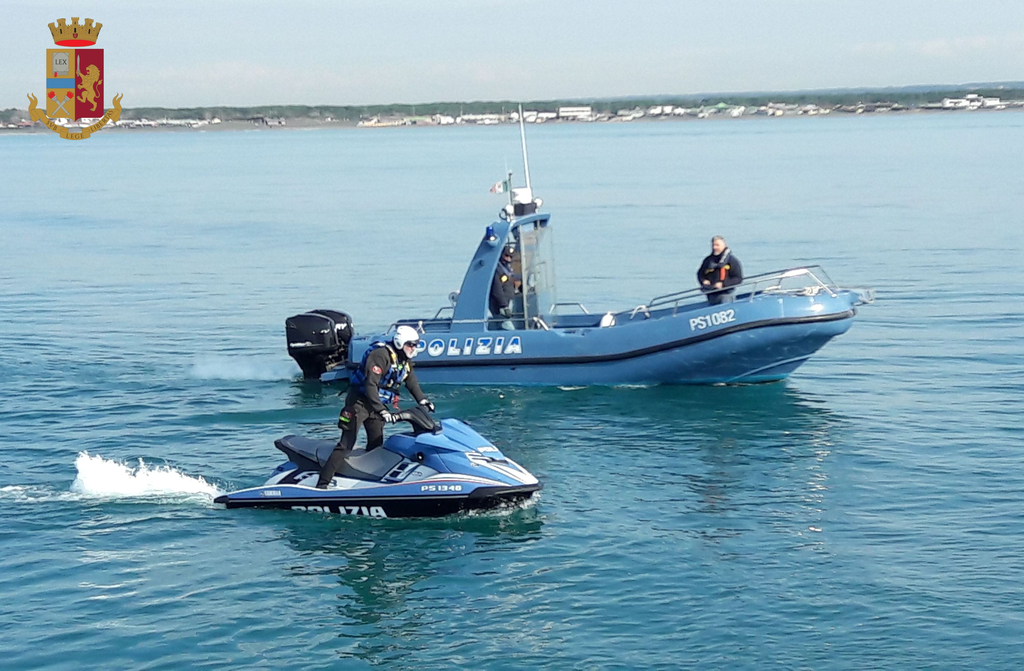 Fiumicino: il rischio di un naufragio di un' imbarcazione
