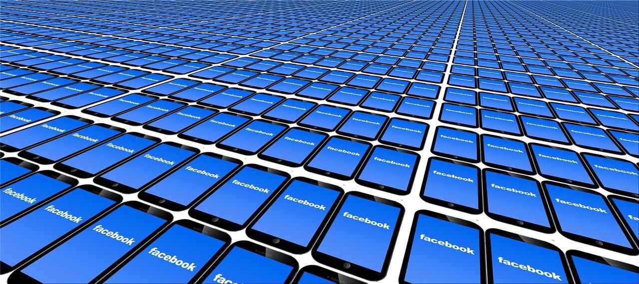 Come eliminare velocemente le foto dai propri account social